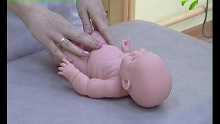 В Новом Уренгое медики обучают родителей основам детского массажа