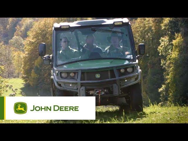 Pojazdy użytkowe John Deere -  Miejsce na trzy osoby w kabinie