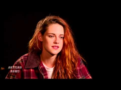 "KRISTEN STEWART CALLS JESSE EISENBERG ""THE GREATEST"" IN AMERICAN ULTRA"