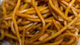 You Should Never Order Lo Mein At A Chinese Restaurant. Here's Why
