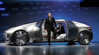 Колата на 2020 година според Mercedes и BMW