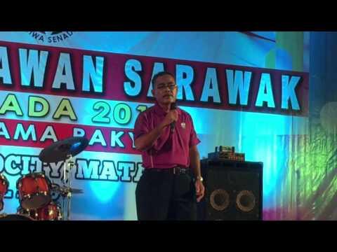Abg Razaie karaoke at Grand Finale Sejiwa Senada 2016, Kuching (23/4/2016 - Kitchen Usahawan Showca