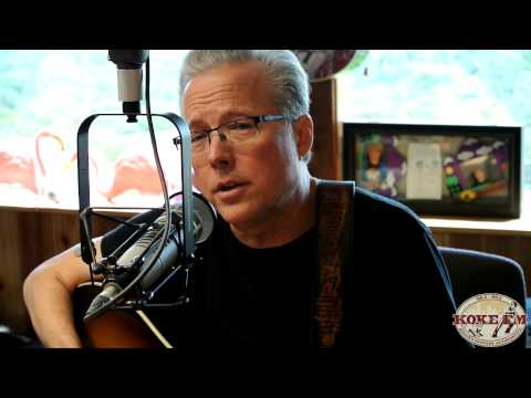"Radney Foster sings ""Texas In 1880"" live on KOKEFM"