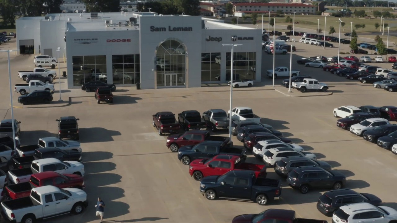 Sam Leman Morton Illinois >> Sam Leman Chrysler Dodge Jeep Ram Fiat Dealer In Morton Il