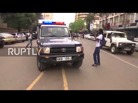 Kenya: Police launch tear gas at opposition protesters in Nairobi