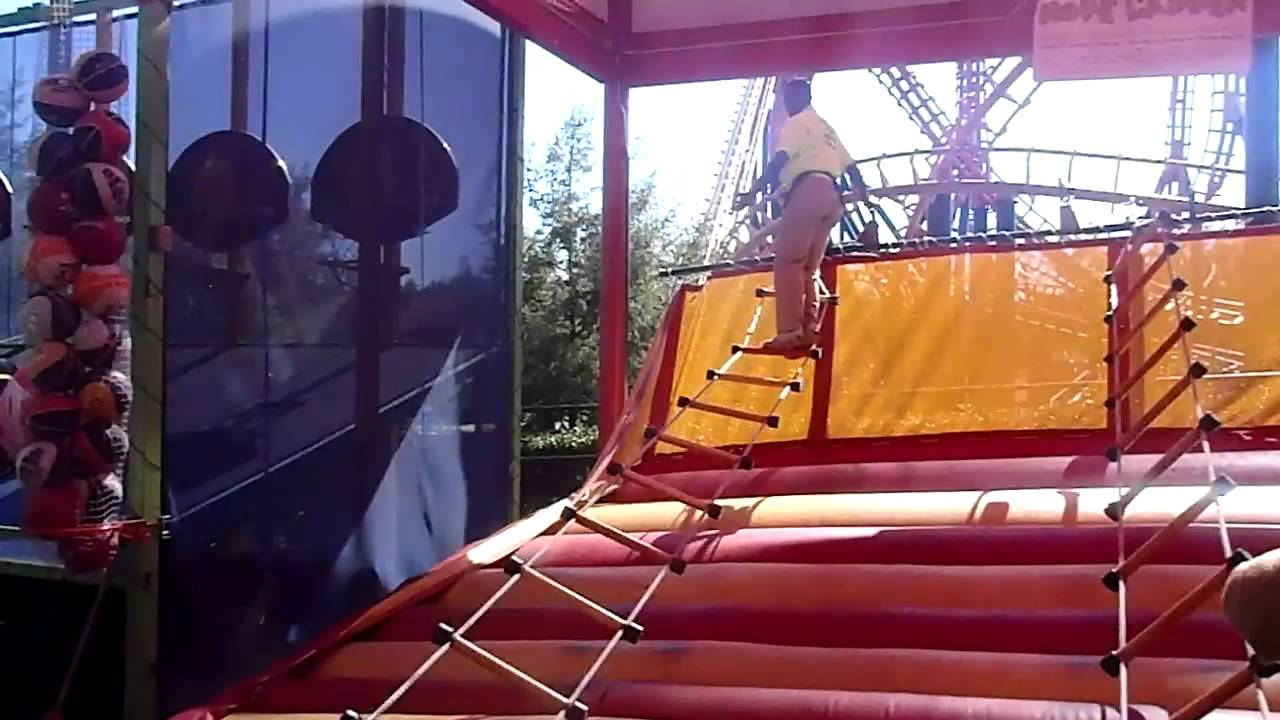 How to climb the ladder at six flags youtube how to climb the ladder at six flags solutioingenieria Gallery