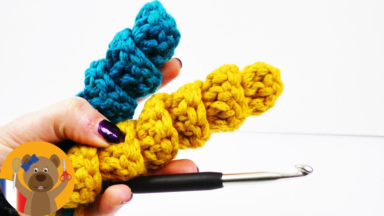 spirale rigolote tricoter super porte cl et id e de d coration technique pour d butants. Black Bedroom Furniture Sets. Home Design Ideas