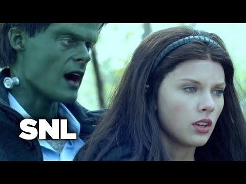 SNL Digital Short: Firelight (Taylor...