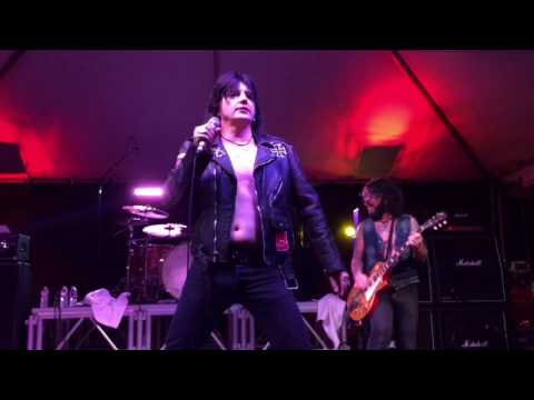 L.A. Guns - Bitch Is Back - RELOADED REUNION TOUR 2017 IN HOUSTON TEXAS 02/23/2017