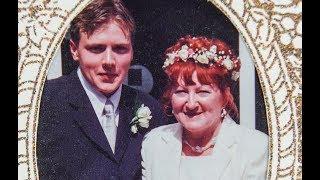 В 17 лет парень женился на 51-летней. Прошло 18 лет — вот, как они живут сегодня