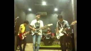 Video Crystal band (masih menyayangimu) download MP3, 3GP, MP4, WEBM, AVI, FLV Mei 2018