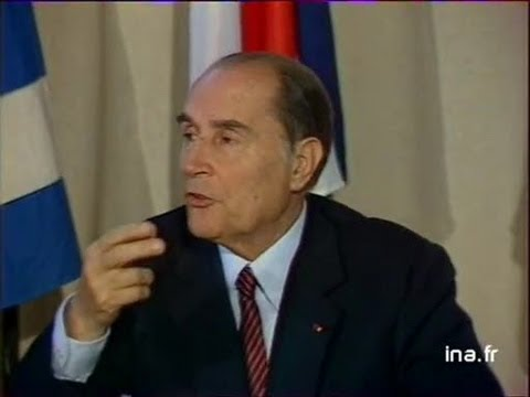 Mitterrand : conférence de presse intégrale