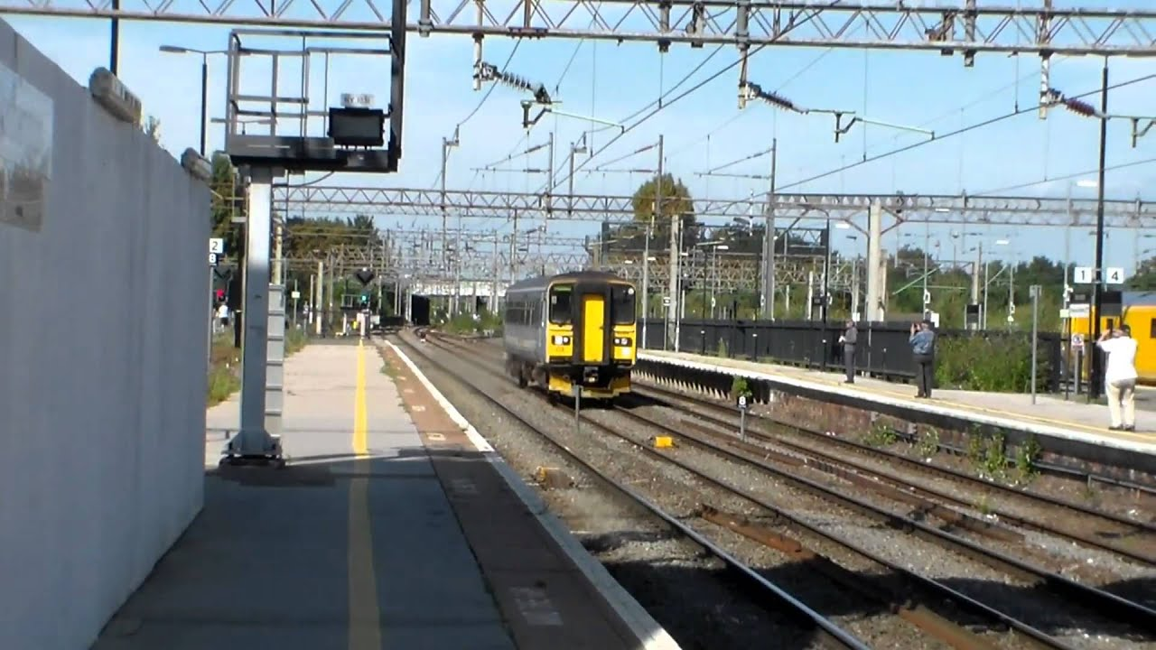 Greater Anglia Class 153, 153314, 5Z54 passing Northampton (8th September  2014)