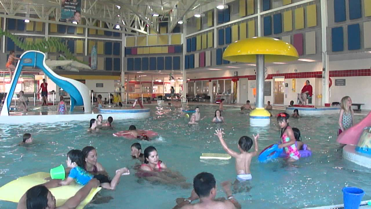 Swimming Time Sandra Schmirler Leisure Centre Youtube