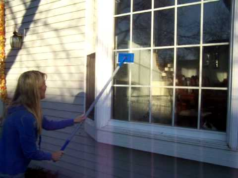 Part 1how to clean your outdoor windows with windex for Exterior window cleaner