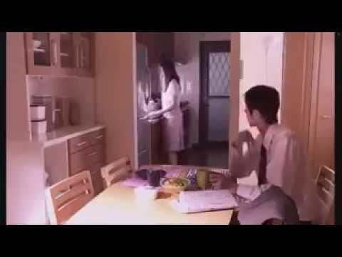 Video bokep Jepang Korea istri selingkuh dengan tetangga dan main di dapur saat rumah sepi