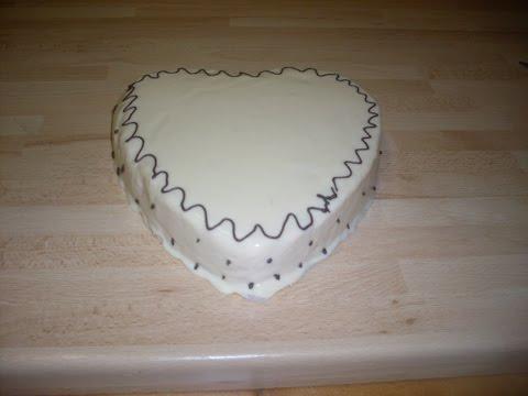 comment-faire-un-gâteau-à-la-crème-d'abricot-et-son-glaçage-au-chocolat-blanc?