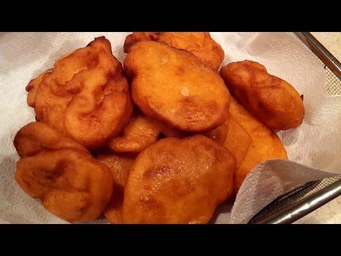 Nigeria Food: How To Make Akara / Nigeria Bean-Cakes.