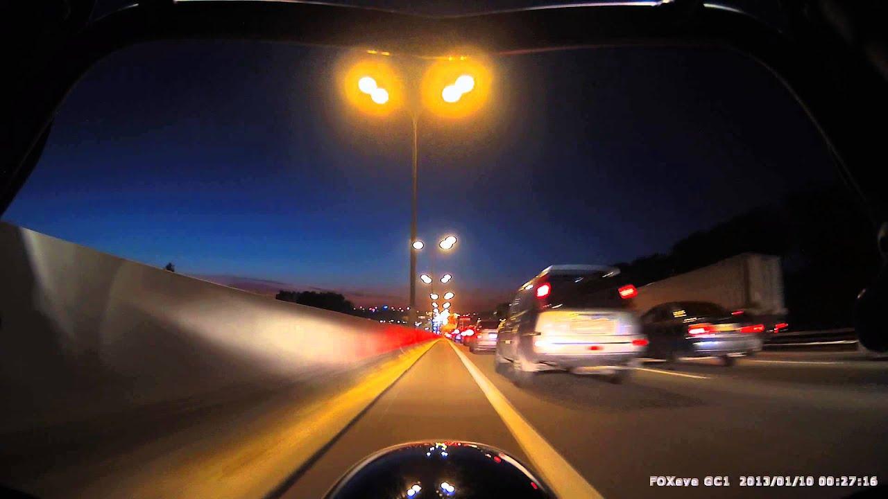 Видеорегистратор для мотоцикла FOXeye GC1 (Обзор) Ночь. Искусственное освещение