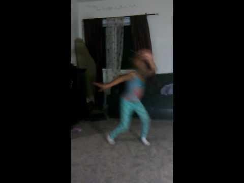 Lee majors dancing
