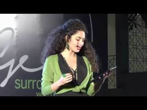 Dana Dajani introducing Mohammed Tayem to the stage by entourageintl