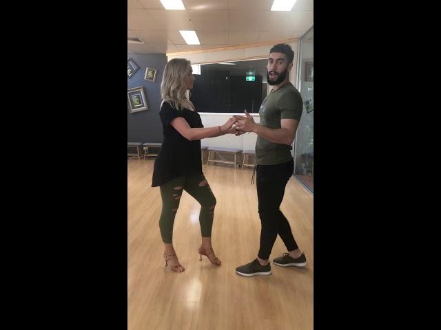 آموزش سالسا،  قسمت اول.  Basic Salsa Lesson Persian Farsi