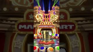 Mario Kart Tour - The EXCITEMENT of a golden pipe! Another high end 10 pull!