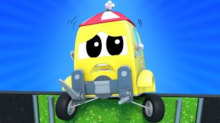 Truck videos for kids -  The FORKLIFT is about to FALL into WATER - Super Truck in Car City !