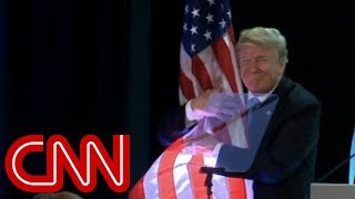 Video Trump's flag hug goes viral download MP3, 3GP, MP4, WEBM, AVI, FLV Juni 2018