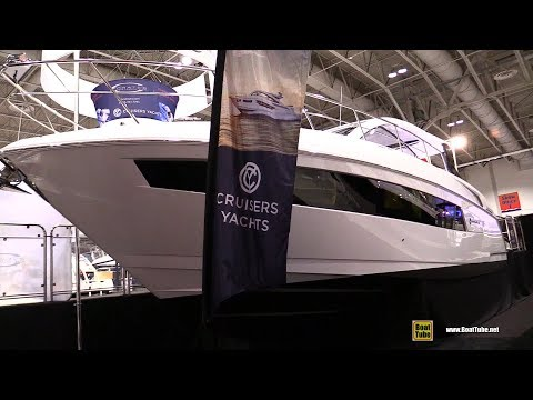 2018 Cruisers Yachts 390 Express Coupe - Walkaround - 2018 Toronto Boat Show