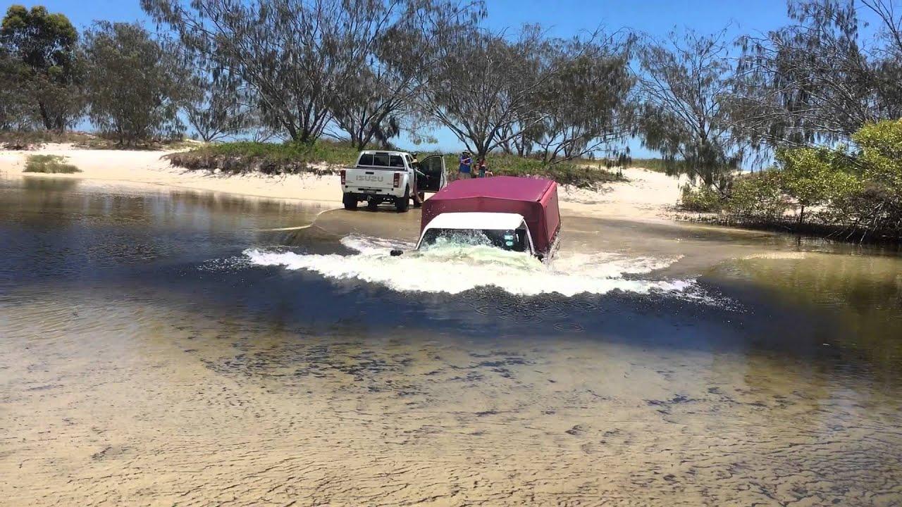 Awinya Creek Creek Crossing: Deep water on Fraser Island ...