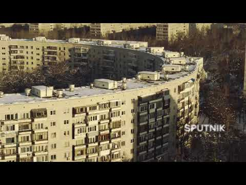 "Moscow soviet architecture to the Pink Floyd ""Welcome to the machine"""