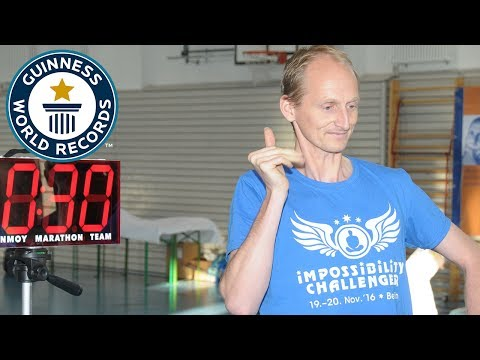 Most one-handed claps in one minute - Guinness World Records