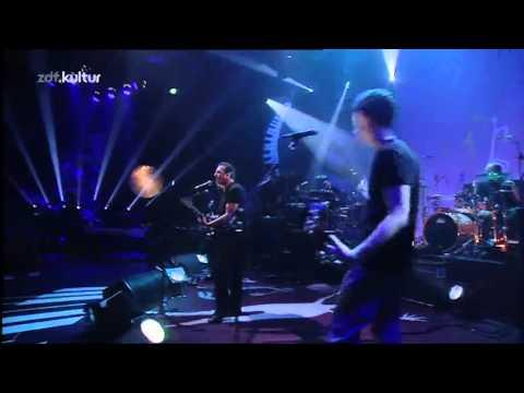Joe Strummer & The Mescaleros - London Calling