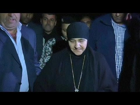 Seized nuns are released by Syria rebels in prisoner swap