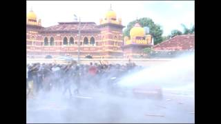 Police attack Sri Lanka student demonstration