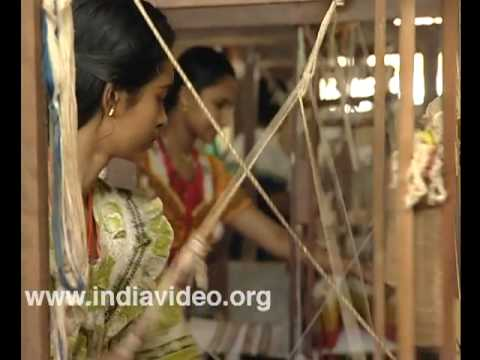 Weaving Kerala Sari
