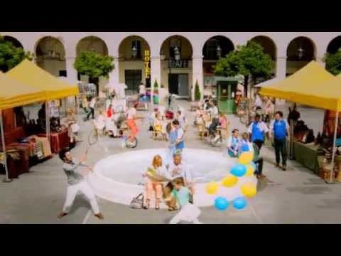 Expedia.co.uk 2012 advert - however you see your trip, Expedia.co.uk can make it happen.