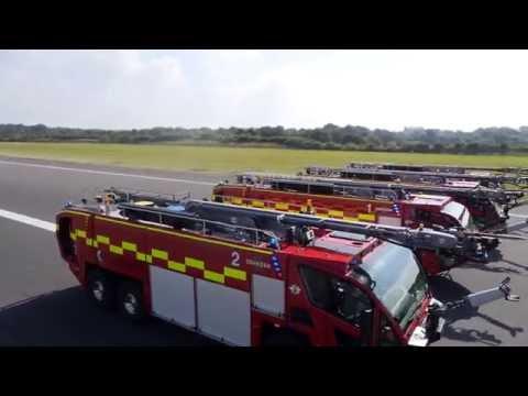 Manchester Airport Fire Service Oshkosh Striker 6x6 ARFF