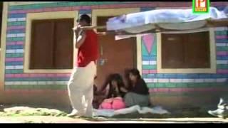 chenkhee himachali pahari nati (video)..Rajesh malik.mp4