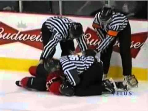 Guillaume Goulet vs Vincent Montreuil Feb 25, 2011