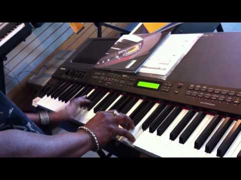 Yamaha cp 300 und cp 33 stage pianos piano schmitz essen for Yamaha cp50 review