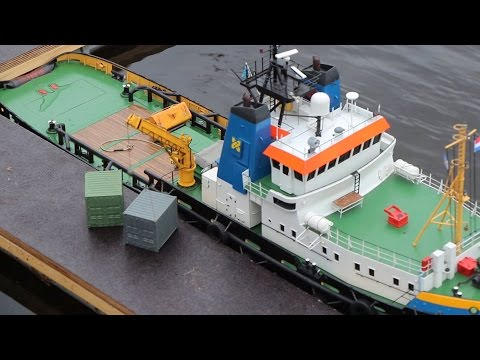 RC Ship crane at work - IGS Hunte Falkensteinsee