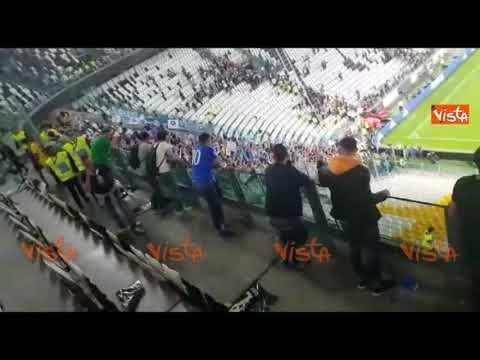 Juve-Napoli, la festa dei tifosi napoletani allo stadio di Torino