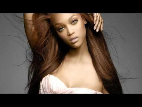 Tyra Banks Dating Younger Model
