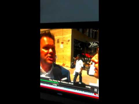 White cops harass black guy at 2016 Republican National Convention
