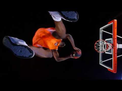 Charles Kahudi : publicité Tarkett Sports (Le dunk)