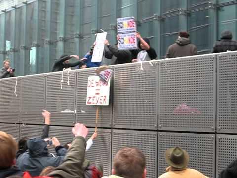 TAK aangevallen tijdens SHAME betoging - het wordt heet