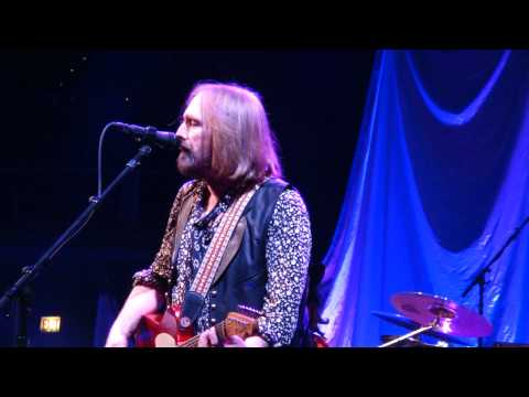 10  U Get Me High TOM PETTY & HEARTBREAKERS LIVE Chicago United Center 8-23-2014 BY CLUBDOC