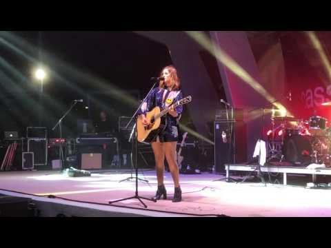 Cassadee Pope- Issues Julia Michaels cover Parkland Amphitheater 42917